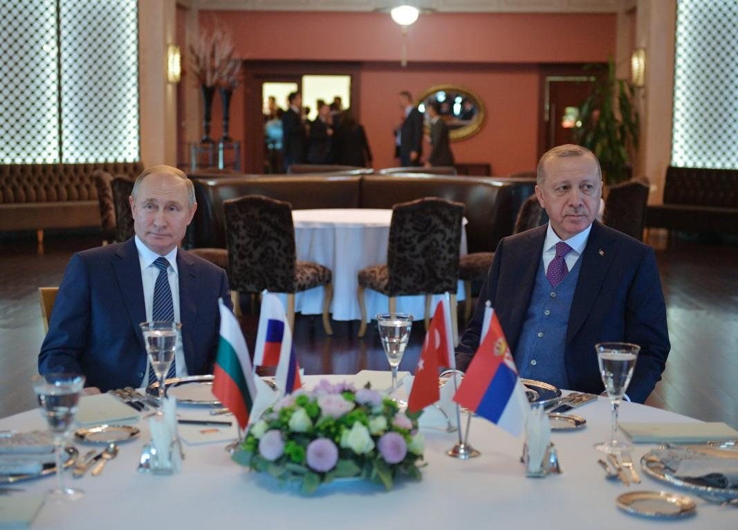 Путин и Ердоган отправиха призив за примирие в Либия от Истанбул