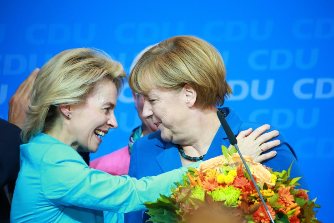 Новата председателка на Европейската комисия Урсула фон дер Лайен и германската кацлерка Ангела Меркел са политически съюзници