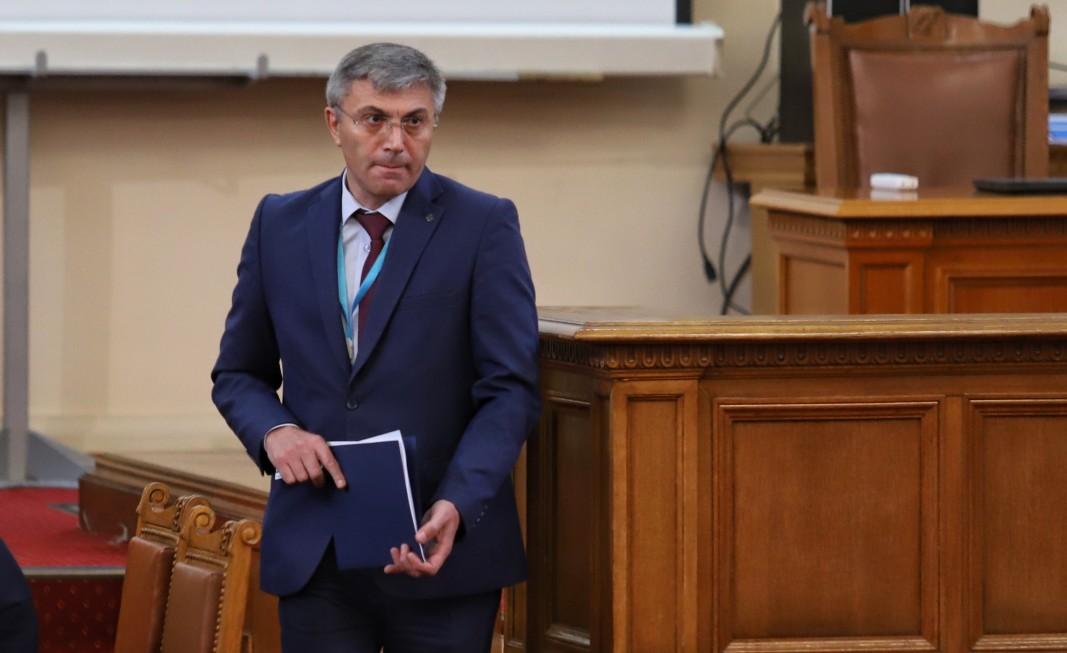 Лидерът на ДПС Мустафа Карадайъ в Народното събрание - 23 април 2021 г.