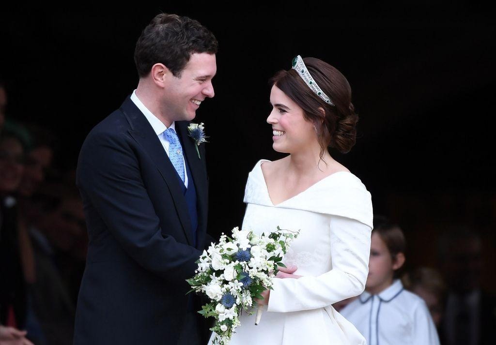 Внучката на кралица Елизабет II принцеса Юджини се омъжи днес