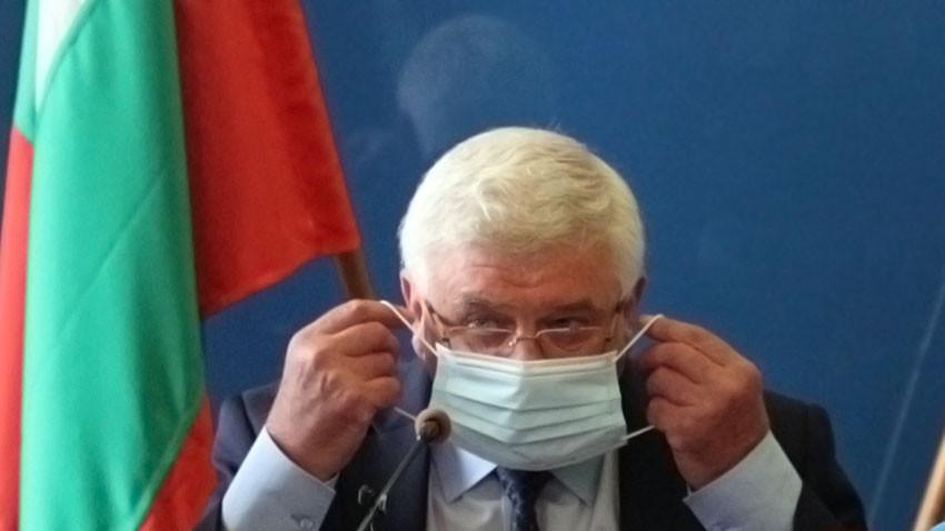 Министър Кирил Ананиев