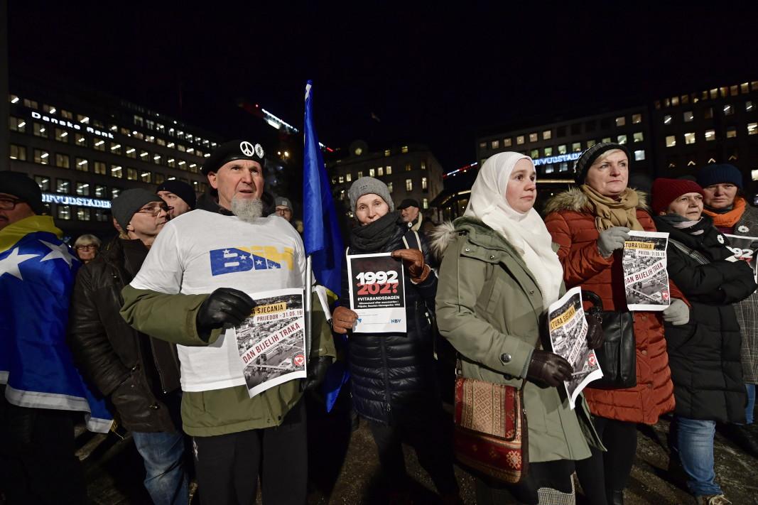 Протест срещу отличаването на Хандке с Нобел за литература
