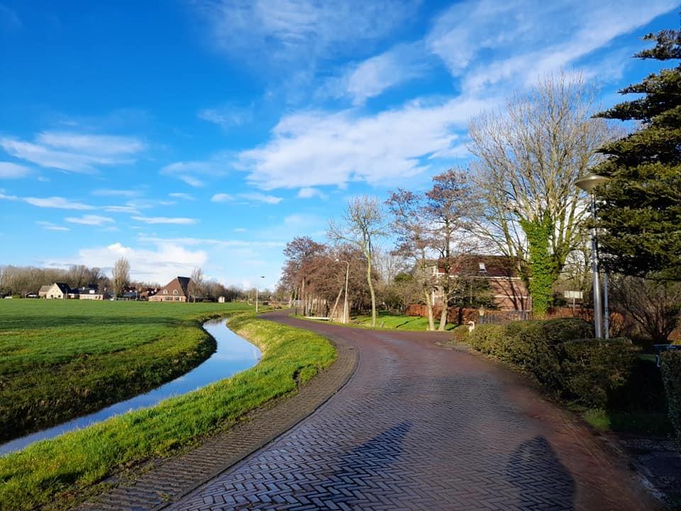 Село в северната част на Нидерландия.
