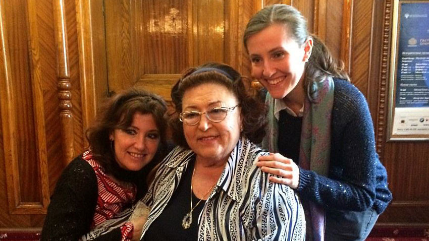 With daughter Silvana Sintow and grand-daughter Maria-Anna   /   Photo: Daniel Dimitrov