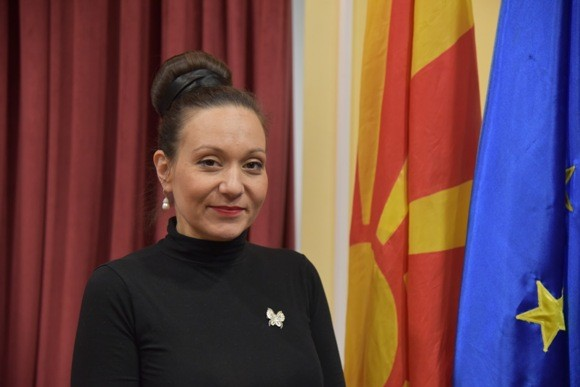 Парламентът на Северна Македония освободи министърката на труда и социалната политика Рашела Мизрахи по искане на служебния премиер Оливер Спасовски.