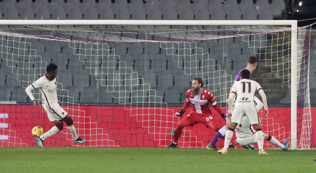 Диавара бележи победния гол за Рома във Флоренция.