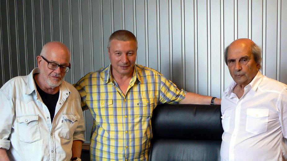Д-р Давид Йерохам, Митко Новков и проф. Михаил Неделчев (отляво надясно)