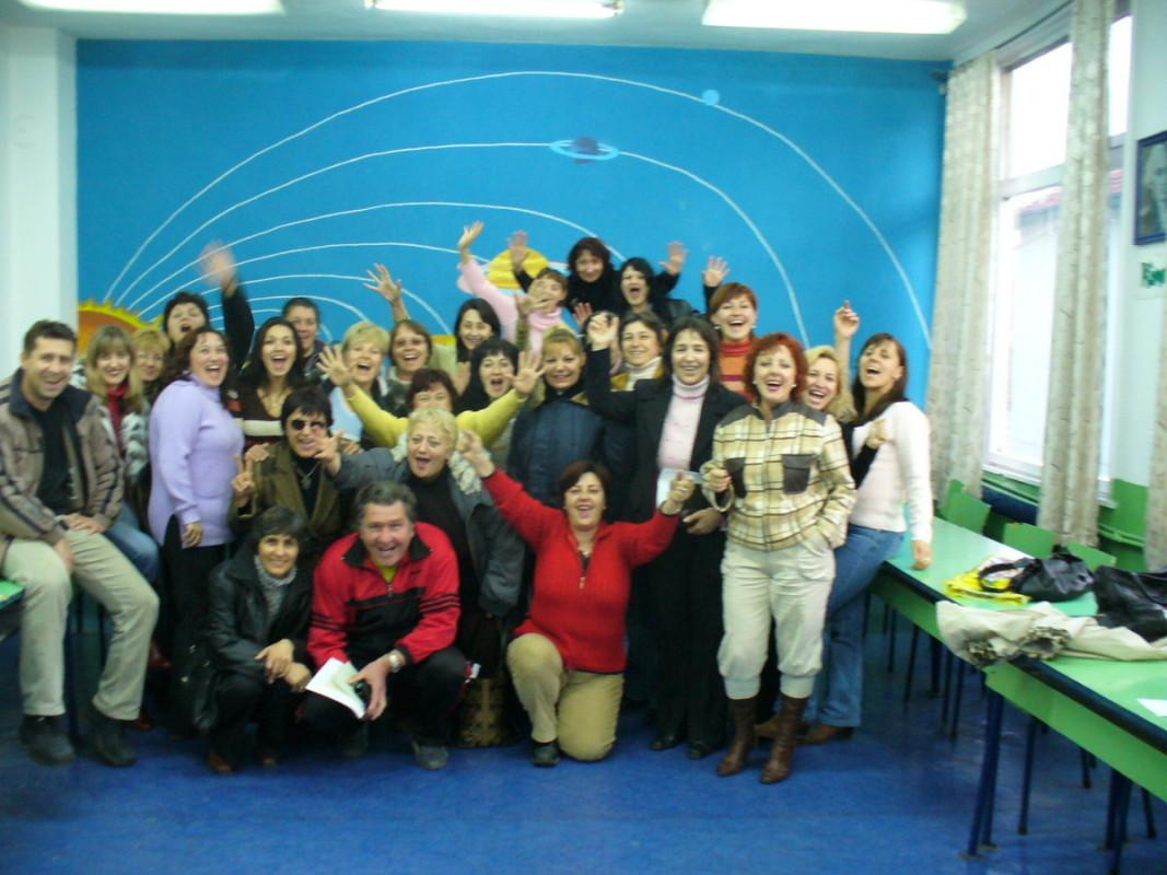 Екип от преподаватели             Снима: личен архив