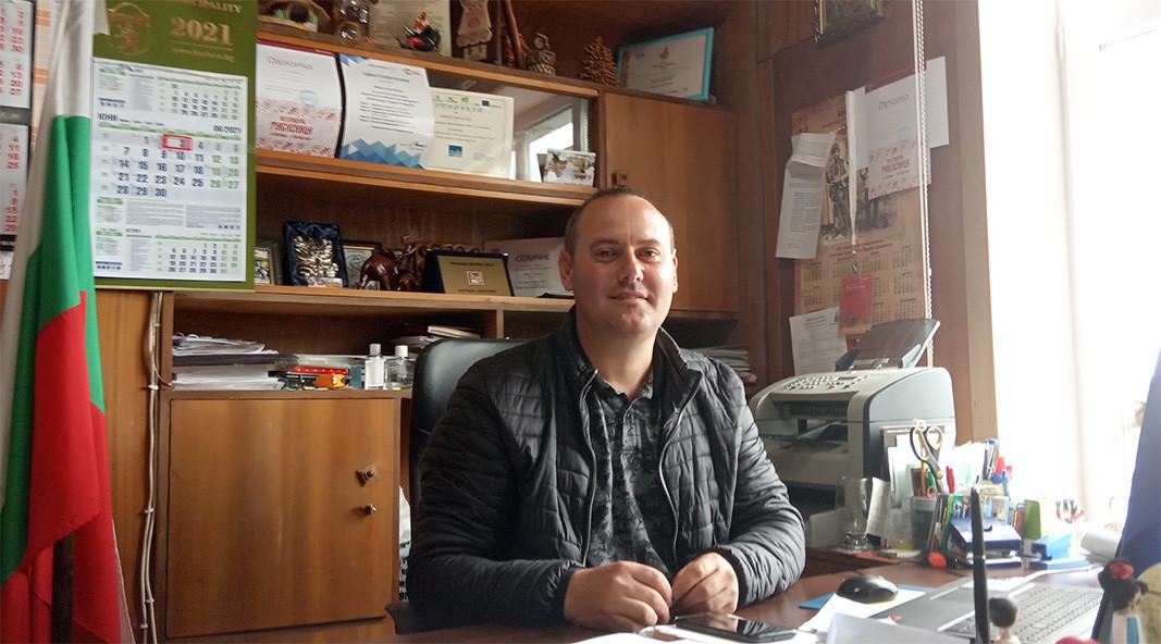 Мирослав Колев