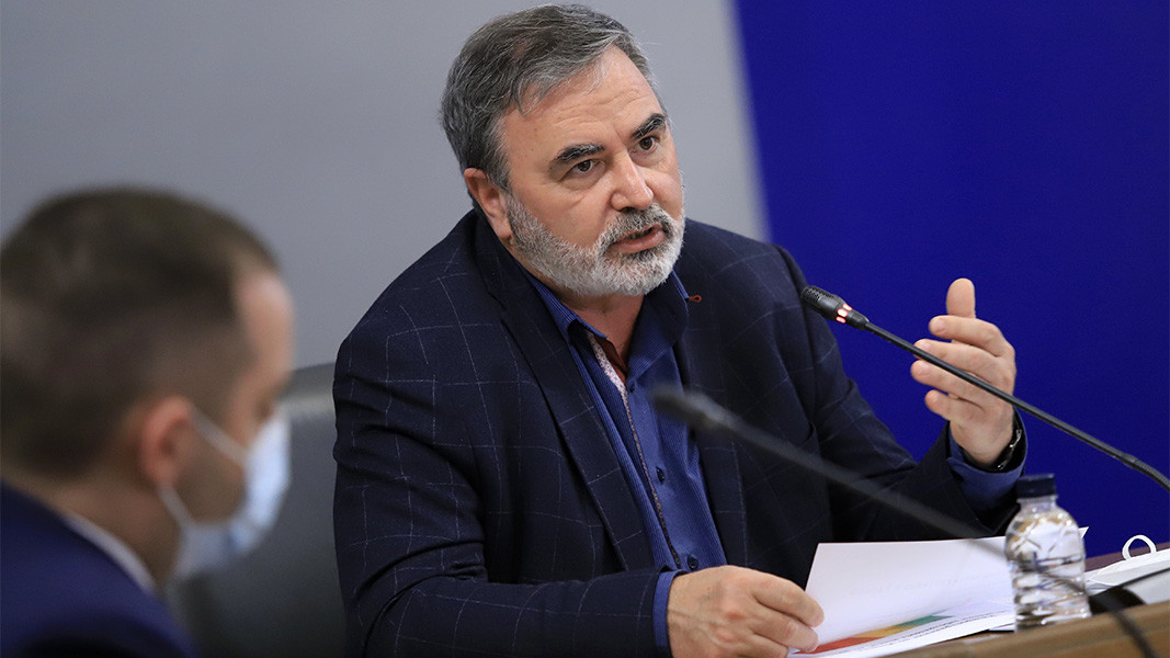 Dr. Ánguel Kunchev