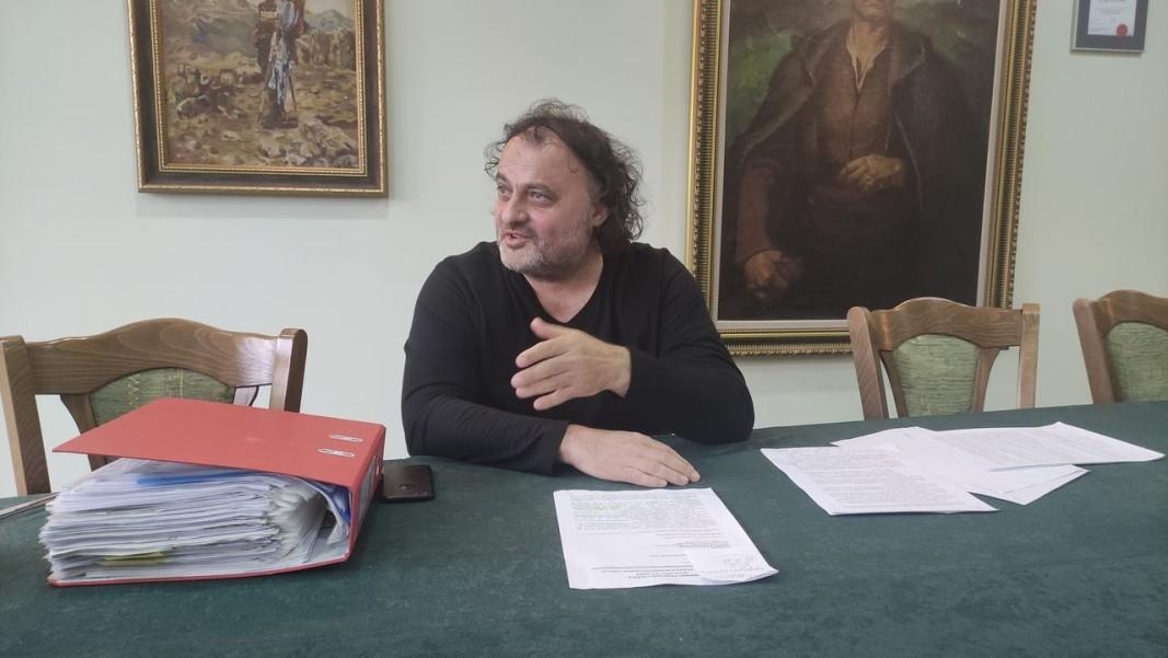 Управителят на мандрата в Елена Стефан Василев