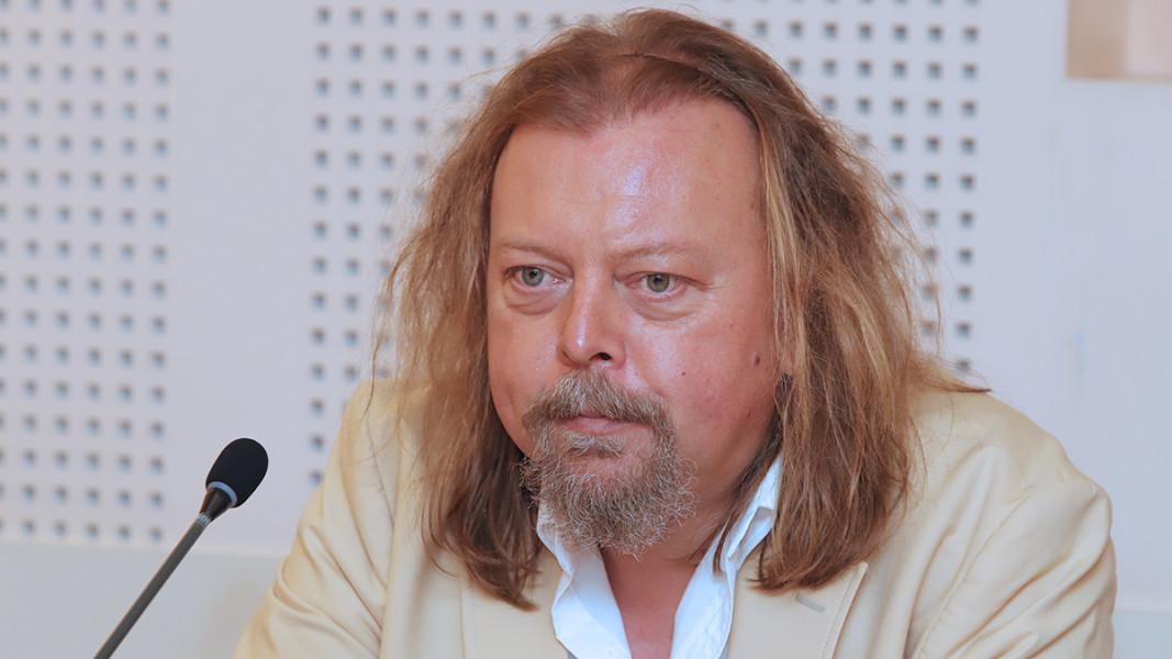 Димитър Христов, диригент на Оркестъра за народна музика на БНР