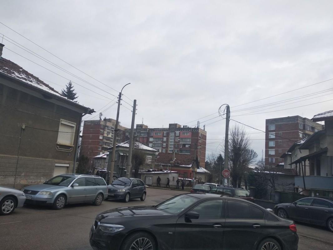 Улицата, където е домът на убитото момче. Снимка Ива Антонова