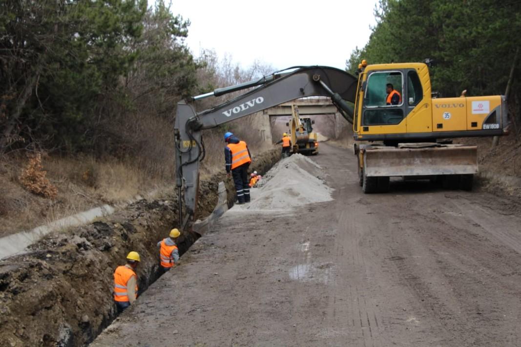 Момент от изграждането на водопровода  Снимка: БГНЕС