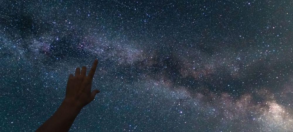 Звездните пътешествия на Роси