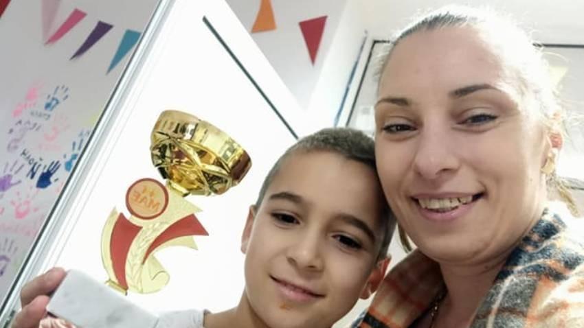 Eren ve öğretmeni Vanya Vasileva.