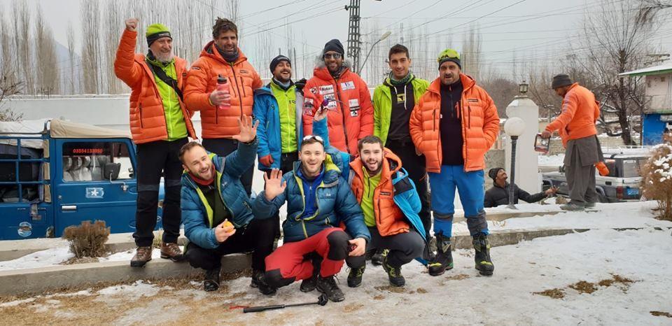Алекс Чикон и компания в Асколе, преди аклиматизация за зимно изкачване на К2