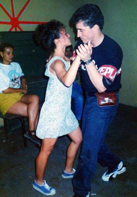1995 - sur la piste de danse - Miguel Rodriguez du Cuba, aujourd'hui propriétaire d'une école de danses latino