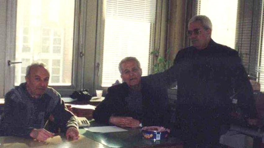 Bulgaristan Radyosu'nun Türkçe redaksyonunda bir ömür geçiren değerli Ahmet Ali/ sağda başta/, Osman Aziz/ ortada/ ve Naci Ferhadov/ solda/.