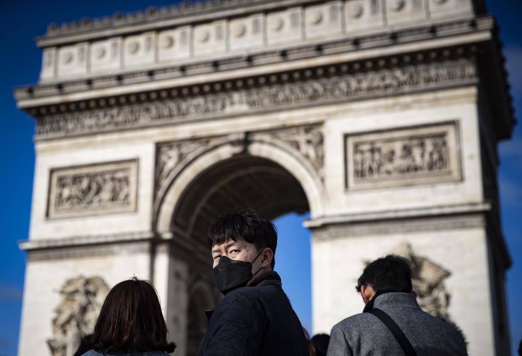 Петима британци са заразени с китайския коронавирус във Франция - Европа - БНР Новини