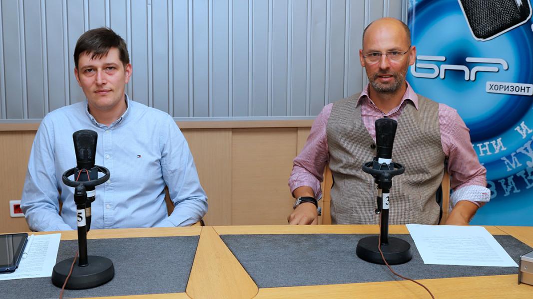 Милен Митев, и.д. генерален директор на БНР, и Ясен Козев, председател на УС на Музикаутор