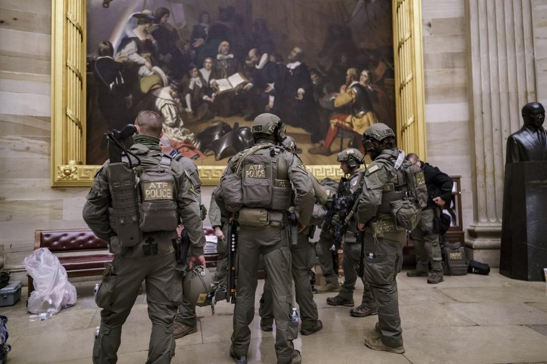 Тактически екипи се грижат за сигурността на законодателите/БТА