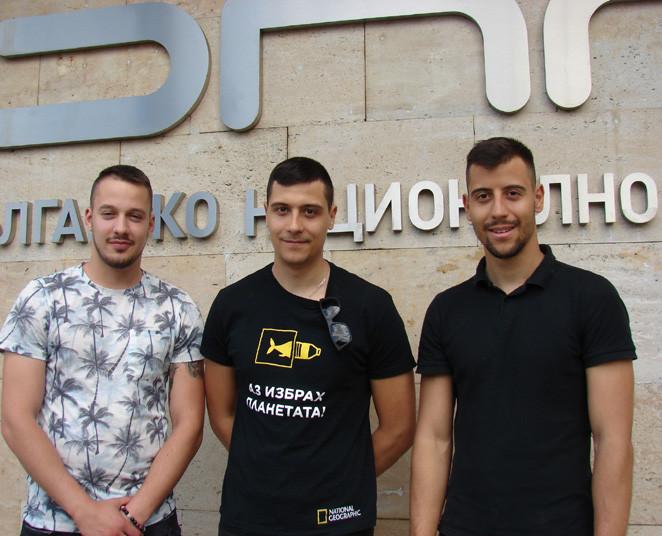 Deyan Kostadinov, Teodor Tsvetkov (center) and his brother Valentin  /  Photo: Gergana Mancheva