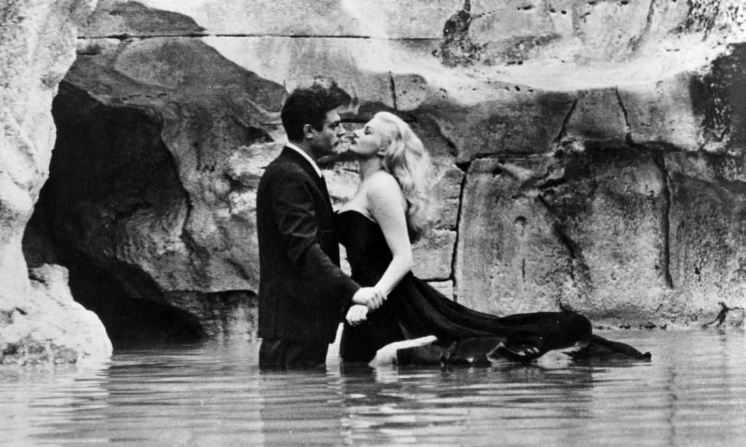 """Кадър от филма """"Сладък живот"""", реж. Федерико Фелини"""