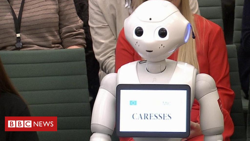 Появата на ходещ и говорещ робот в британския парламент за