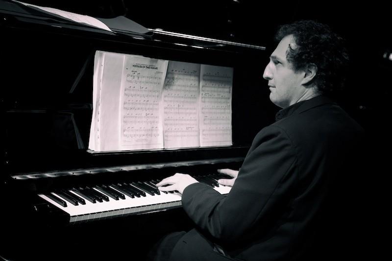 Филип Хензи (Швейцария)