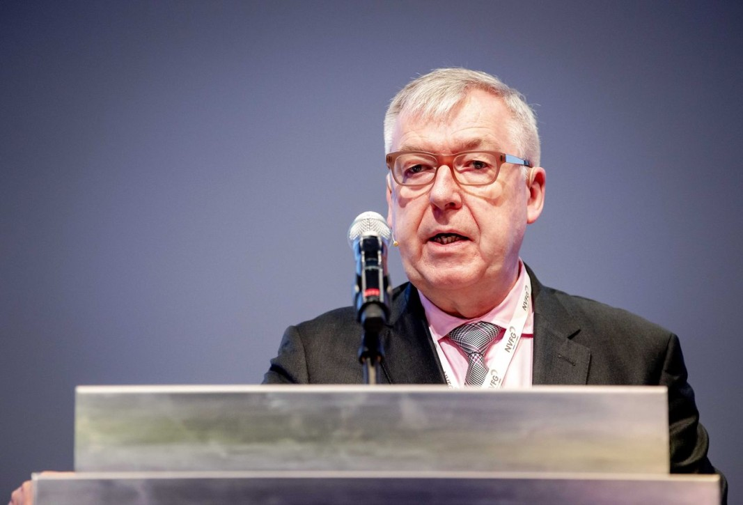 Ноел Уатион - зам.-директор на Европейската агенция по лекарствата.