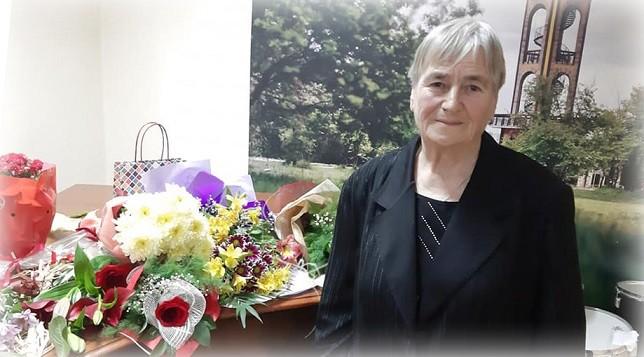 Тодорка Николова, председател на читалището. Снимка: stihi.ru