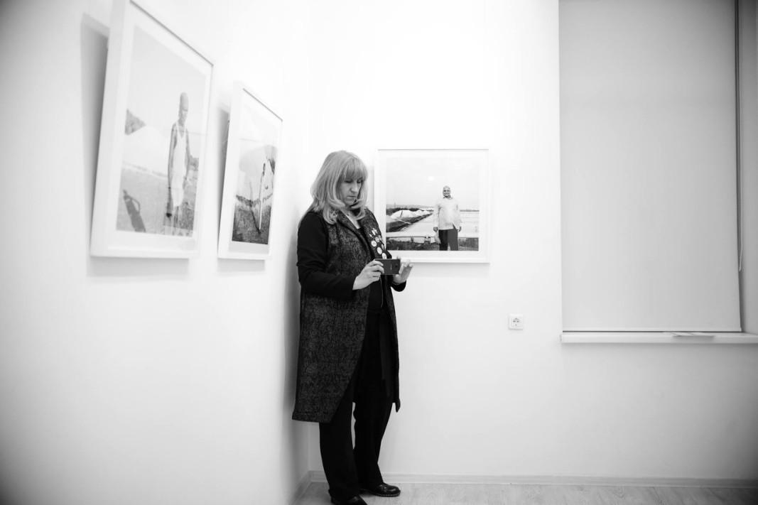 Първата снимка на Надежда Павлова в галерия Синтезис, 2015, ©Николай Ангелов