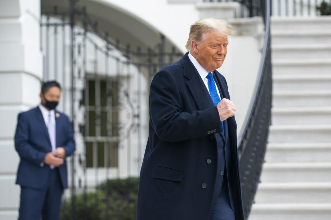 Американският президент Доналд Тръмп пред Белия дом - 27 октомври 2020 г.
