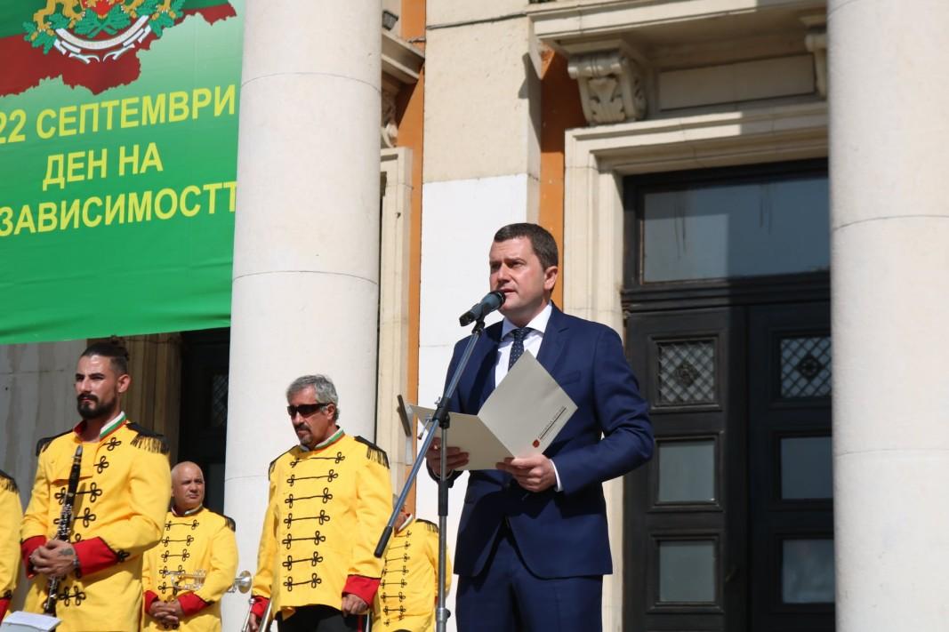 Кметът на Перник Станислав Владимиров/Елена Тамакярска