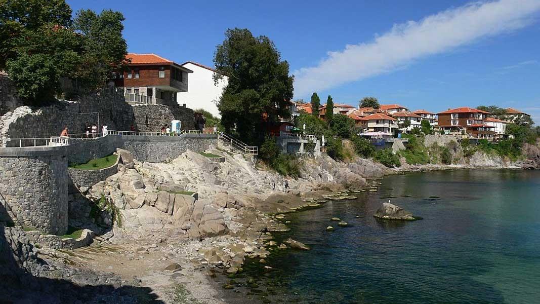 Фестиваль искусств проходит в одном из самых живописных городов болгарского черноморского побережья