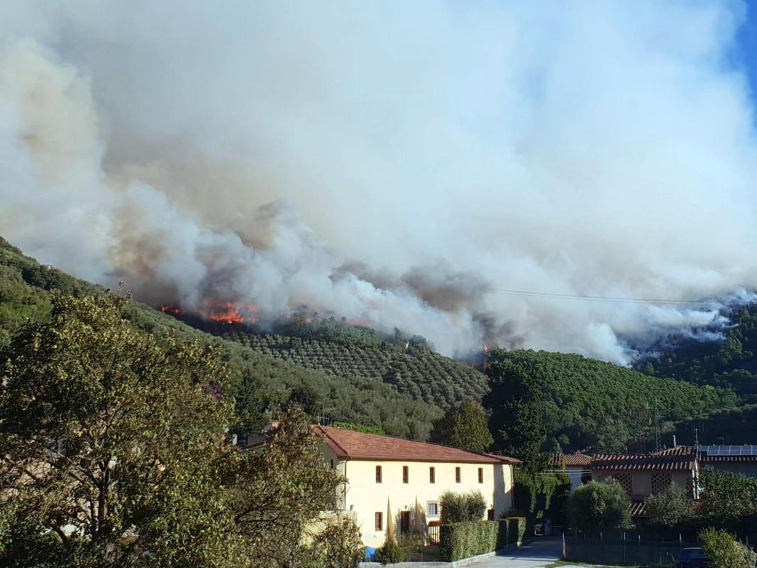Стотици жители на провинция Пиза в италианската област Тоскана са