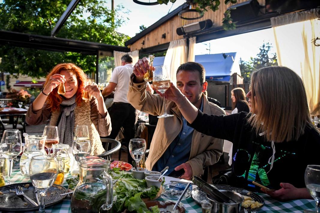 Облекчаване на мерките - ресторант в Скопие, 28 май 2020 г.               Снимка: БТА