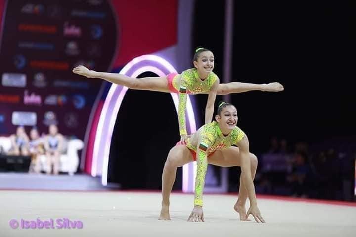 Теодора Кръстева и Елена Босилкова с треньор Гергана Денева