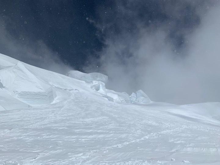 Дълбок сняг към К2