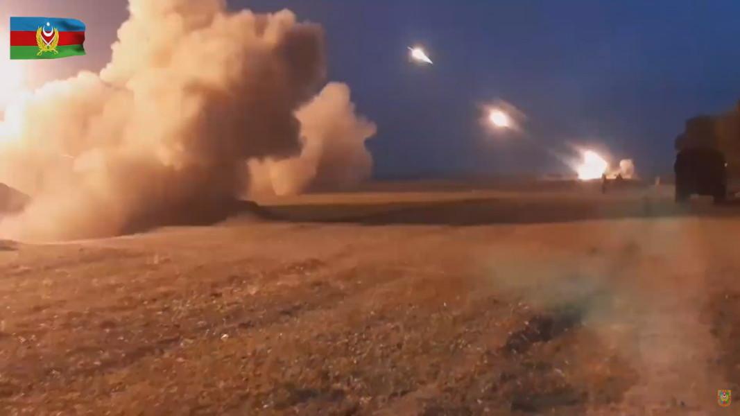Кадри от Министерството на отбраната на Азербайджан