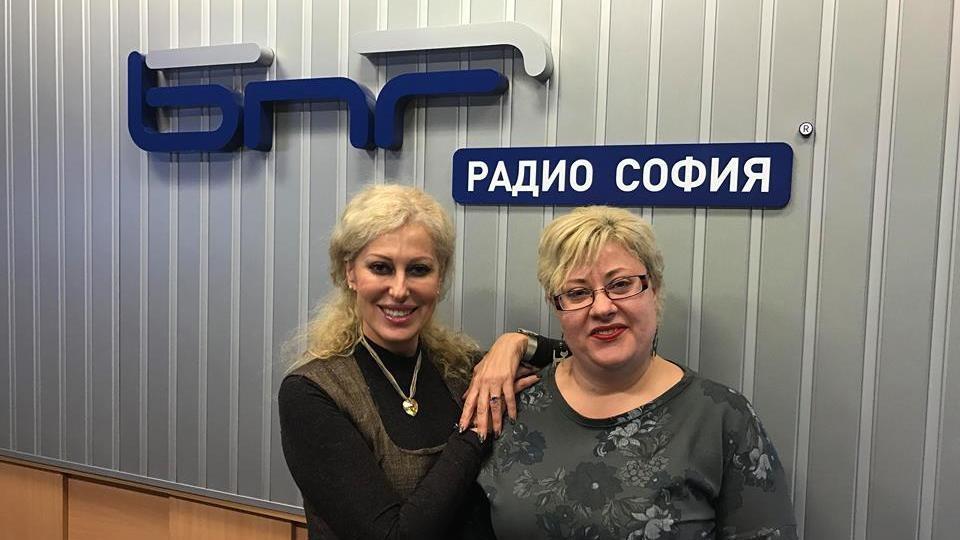 Мариана Арсенова и водещата Катя Василева