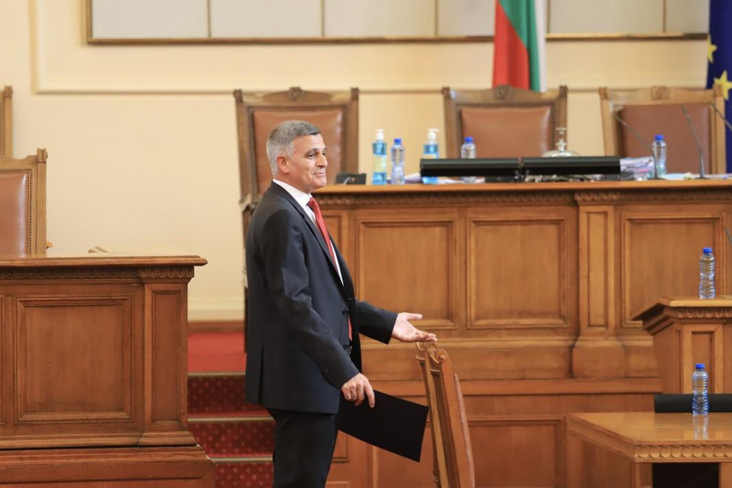 Стефан Янев/БГНЕС