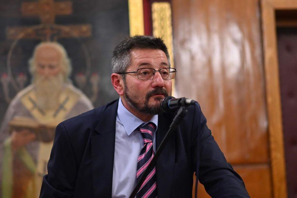 Проф. Георги Каприев