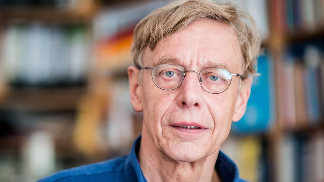 Проф. Дитер Рухт - директор на Института за изследване на протестните движения в Европа.