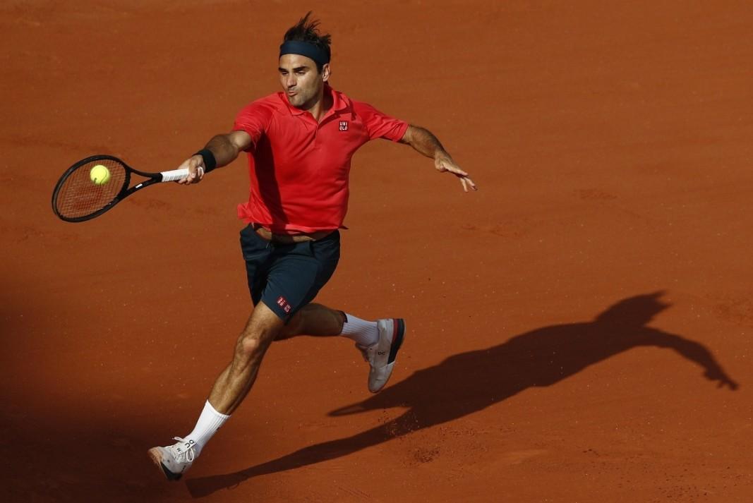 Роджър Федерер е в третия кръг в Париж.