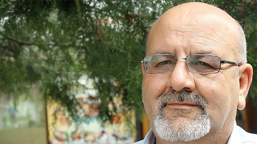 Dr. Fikri Gulestan