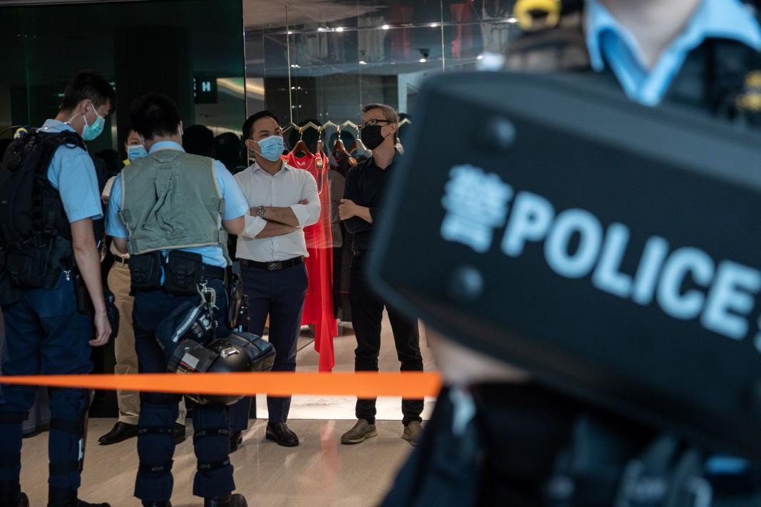 Полицията в Хонконг усили мерките за сигурност - 30 юни 2020