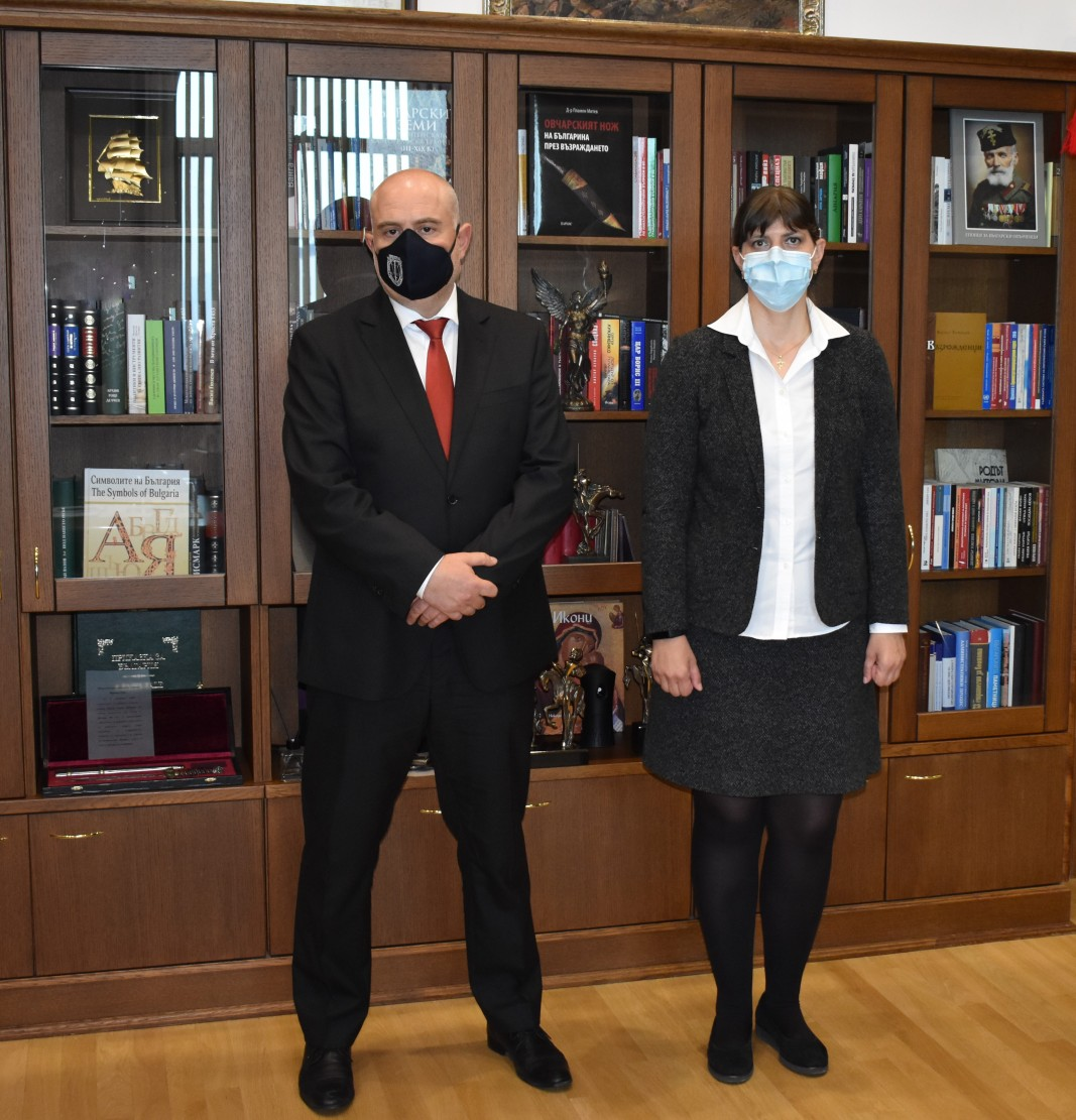 Главният прокурор Иван Гешев и главният прокурор на Европейската прокуратура Лаура Кьовеши