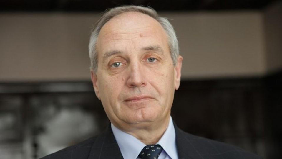 проф. Светлозар Елдъров